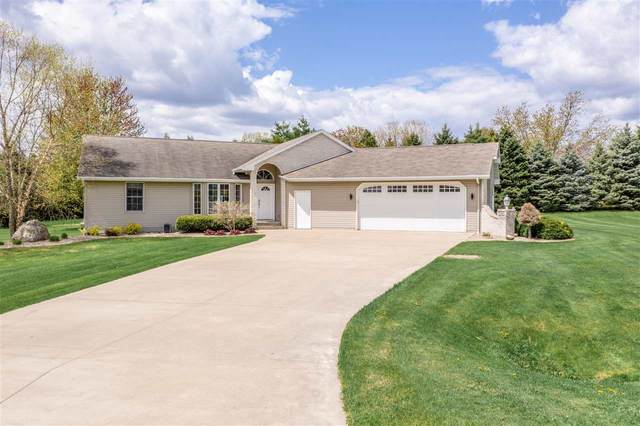 N1691 Harvest Drive, Greenville, WI 54942 (#50239553) :: Todd Wiese Homeselling System, Inc.