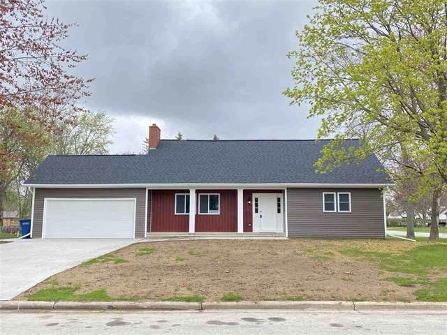 330 Flora Street, Pulaski, WI 54162 (#50239559) :: Carolyn Stark Real Estate Team