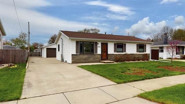 2237 Henry Street, Neenah, WI 54956 (#50239646) :: Todd Wiese Homeselling System, Inc.
