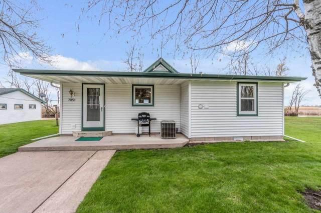 7851 Cut Off Lane, Larsen, WI 54947 (#50239718) :: Ben Bartolazzi Real Estate Inc