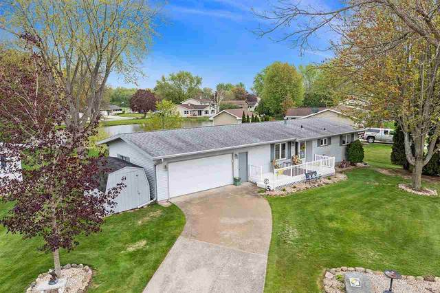 320 Mary Street, Brillion, WI 54110 (#50239745) :: Todd Wiese Homeselling System, Inc.