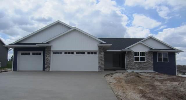 3707 Rustic Heights, Green Bay, WI 54115 (#50239835) :: Ben Bartolazzi Real Estate Inc
