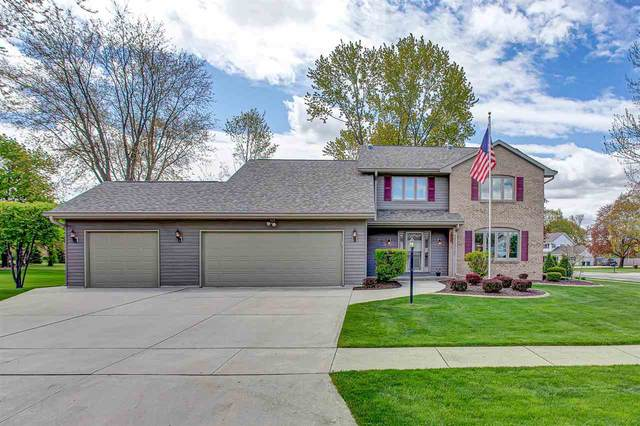 1707 Silver Moon Lane, New Holstein, WI 53061 (#50239896) :: Todd Wiese Homeselling System, Inc.