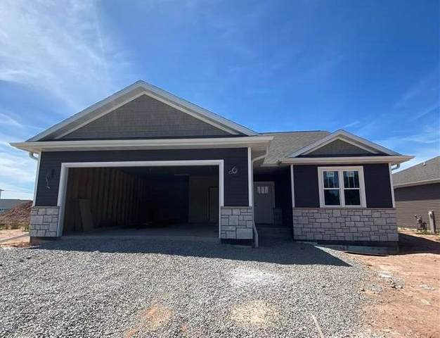 3136 Lazy Oak Court, Green Bay, WI 54313 (#50240054) :: Symes Realty, LLC