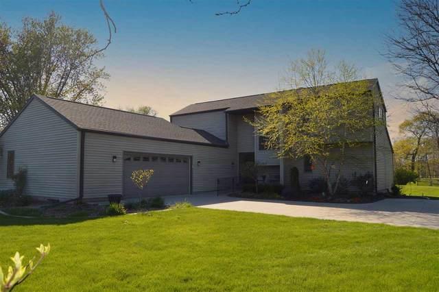 3072 Ridgeway Drive, Neenah, WI 54956 (#50240122) :: Todd Wiese Homeselling System, Inc.
