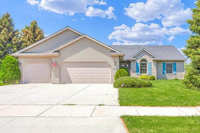 1701 Harrison Street, New Holstein, WI 53061 (#50240407) :: Carolyn Stark Real Estate Team