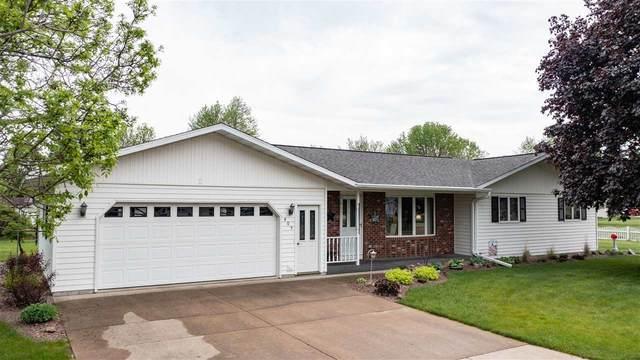 405 Water Street, Marion, WI 54950 (#50240500) :: Carolyn Stark Real Estate Team