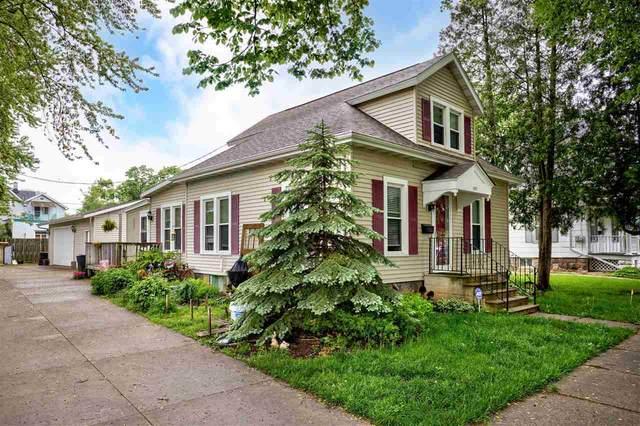 1327 N Harriman Street, Appleton, WI 54911 (#50240966) :: Todd Wiese Homeselling System, Inc.