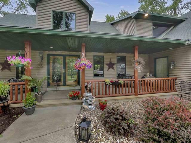 6965 Thornberry Trail, Oshkosh, WI 54904 (#50241066) :: Symes Realty, LLC
