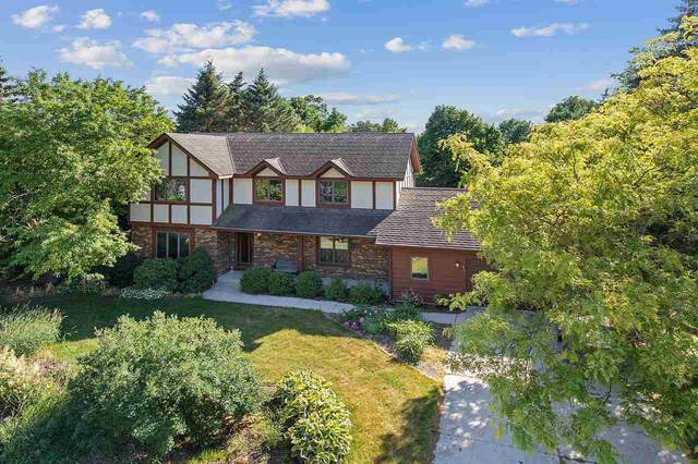 467 River Oaks Drive, Sheboygan Falls, WI 53085 (#50241163) :: Todd Wiese Homeselling System, Inc.