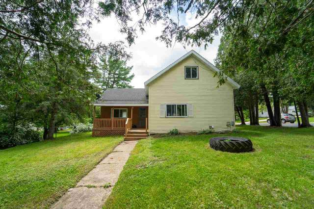 205 S Grove Street, Iola, WI 54945 (#50241201) :: Symes Realty, LLC