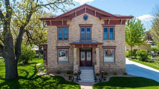 429 S Webster Avenue, Omro, WI 54963 (#50241220) :: Carolyn Stark Real Estate Team