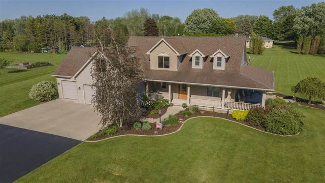 8120 Challenger Drive, Neenah, WI 54956 (#50241273) :: Todd Wiese Homeselling System, Inc.