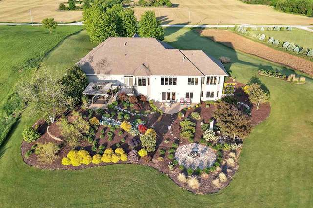 6650 Ledgetop Drive, Greenleaf, WI 54126 (#50241550) :: Carolyn Stark Real Estate Team