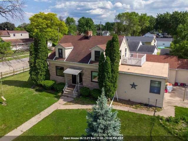 1061 Durfee Avenue, Oshkosh, WI 54902 (#50241557) :: Carolyn Stark Real Estate Team
