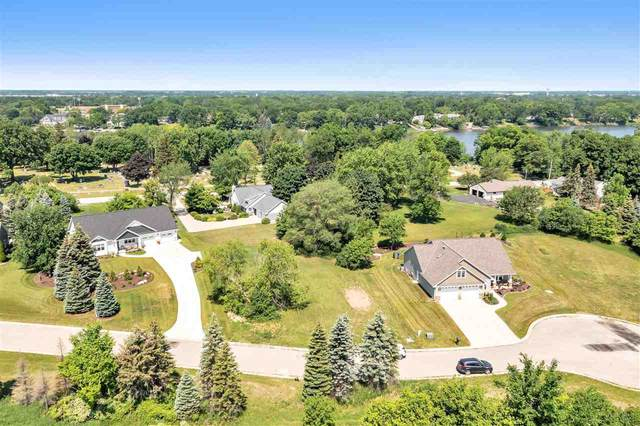 1466 Foxborough Court, De Pere, WI 54115 (#50241605) :: Todd Wiese Homeselling System, Inc.