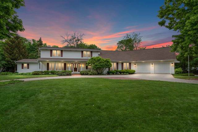 561 St Marys Boulevard, Green Bay, WI 54301 (#50241799) :: Todd Wiese Homeselling System, Inc.