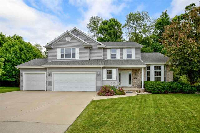 1526 Whitetail Drive, Neenah, WI 54956 (#50241888) :: Todd Wiese Homeselling System, Inc.