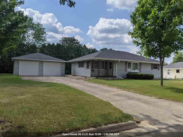 1811 Lawrence Street, New London, WI 54961 (#50241946) :: Symes Realty, LLC