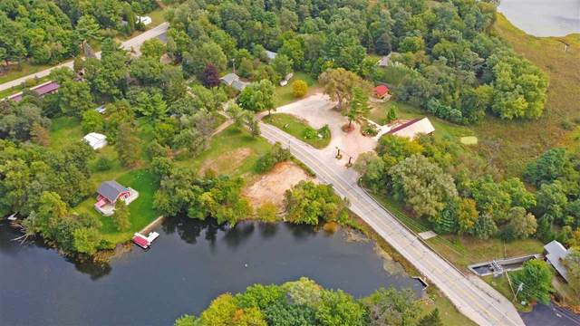 N3711 Hwy 152, Wautoma, WI 54982 (#50242134) :: Todd Wiese Homeselling System, Inc.