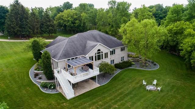 736 Washington Street, Wrightstown, WI 54180 (#50242795) :: Carolyn Stark Real Estate Team