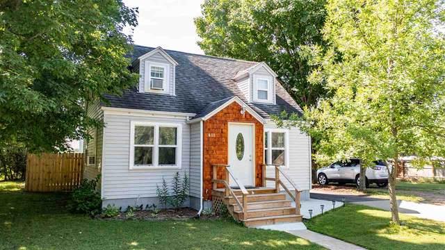 411 W Main Street, Weyauwega, WI 54983 (#50243819) :: Carolyn Stark Real Estate Team