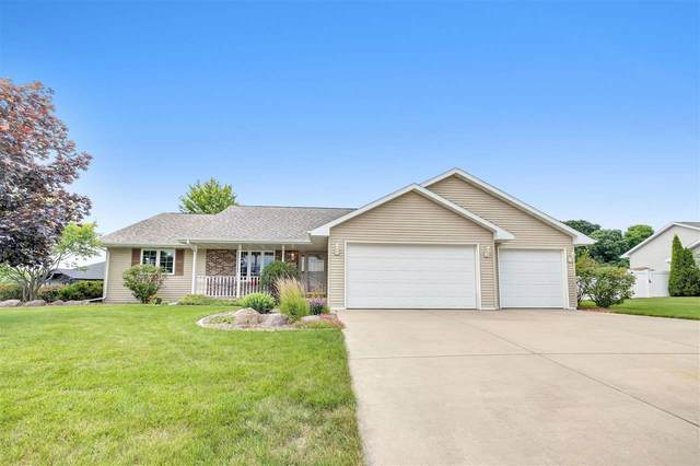 2238 Lawrence Drive, De Pere, WI 54115 (#50244024) :: Todd Wiese Homeselling System, Inc.