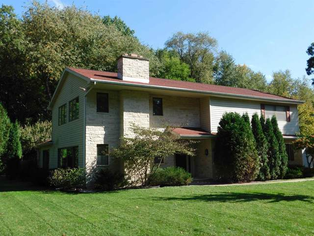 N5611 Lac Verde Circle, Green Lake, WI 54941 (#50244055) :: Todd Wiese Homeselling System, Inc.