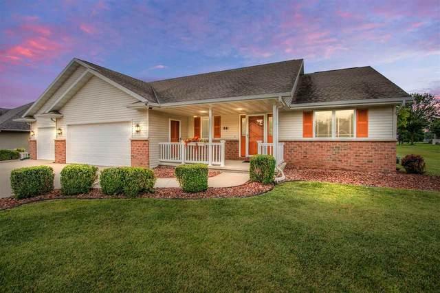 841 Whimbrel Way, Pulaski, WI 54162 (#50244148) :: Ben Bartolazzi Real Estate Inc