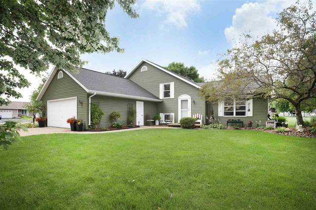 W6475 Lilac Lane, Greenville, WI 54942 (#50244171) :: Carolyn Stark Real Estate Team