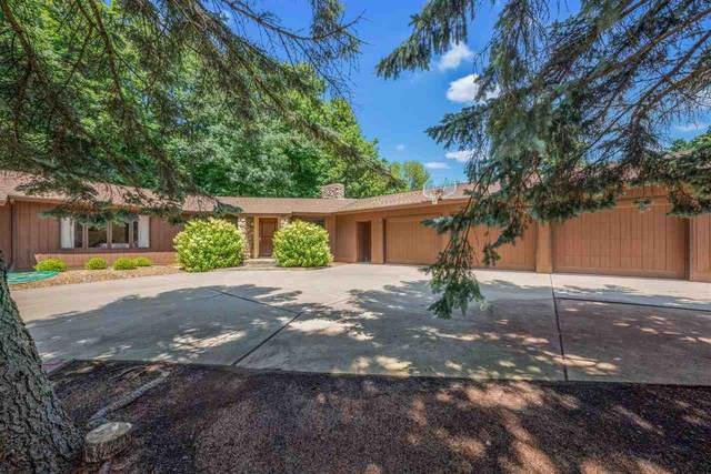 2495 Edgewood Court, Green Bay, WI 54302 (#50244329) :: Symes Realty, LLC