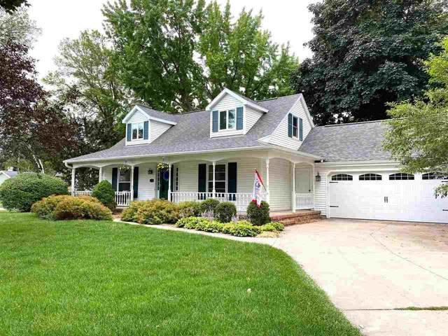 2717 Crestview Drive, Appleton, WI 54915 (#50244374) :: Town & Country Real Estate