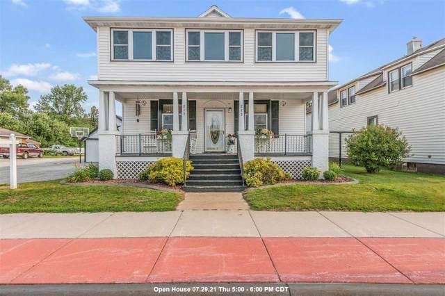 213 W Pulaski Street, Pulaski, WI 54162 (#50244408) :: Todd Wiese Homeselling System, Inc.