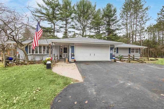 W5753 Oak Lane, Wausaukee, WI 54177 (#50244636) :: Carolyn Stark Real Estate Team