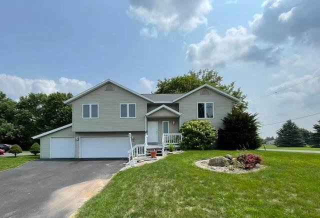 200 S Mayflower Drive, Appleton, WI 54914 (#50244666) :: Carolyn Stark Real Estate Team