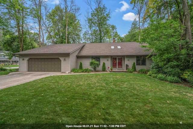 2200 Ironwood, Green Bay, WI 54304 (#50245089) :: Ben Bartolazzi Real Estate Inc