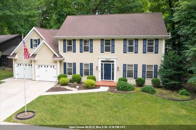1560 Deerfield Drive, Oshkosh, WI 54904 (#50245115) :: Carolyn Stark Real Estate Team