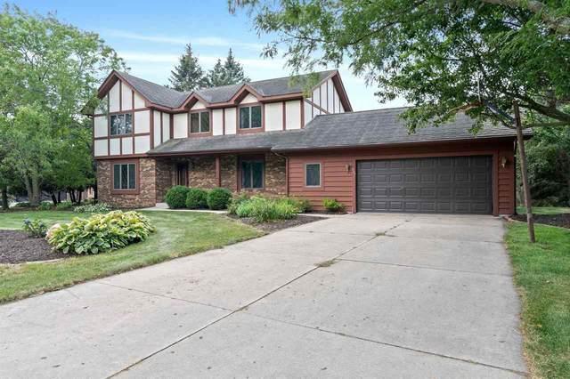 467 River Oaks Drive, Sheboygan Falls, WI 53085 (#50245152) :: Town & Country Real Estate