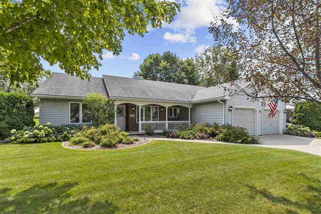 2129 W Twin Willows Drive, Appleton, WI 54914 (#50246255) :: Symes Realty, LLC