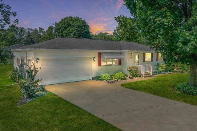 2506 Park Front Way, Green Bay, WI 54301 (#50246490) :: Todd Wiese Homeselling System, Inc.