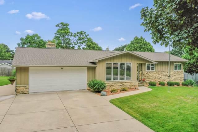 964 Marvelle Lane, Green Bay, WI 54304 (#50246593) :: Symes Realty, LLC