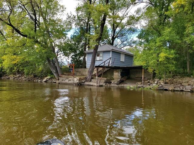 124 River Street, Berlin, WI 54923 (#50246851) :: Dallaire Realty