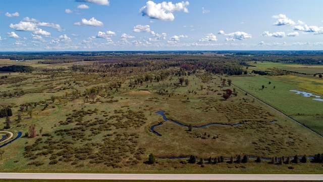 Hwy M, New London, WI 54961 (#50247673) :: Town & Country Real Estate