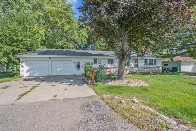 5520 W Sandra Drive, Appleton, WI 54913 (#50247717) :: Ben Bartolazzi Real Estate Inc