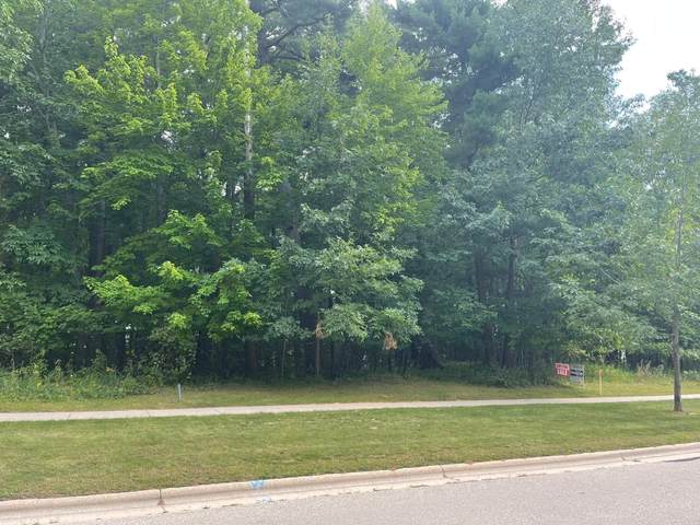 Pinecrest Road, Green Bay, WI 54313 (#50247746) :: Symes Realty, LLC