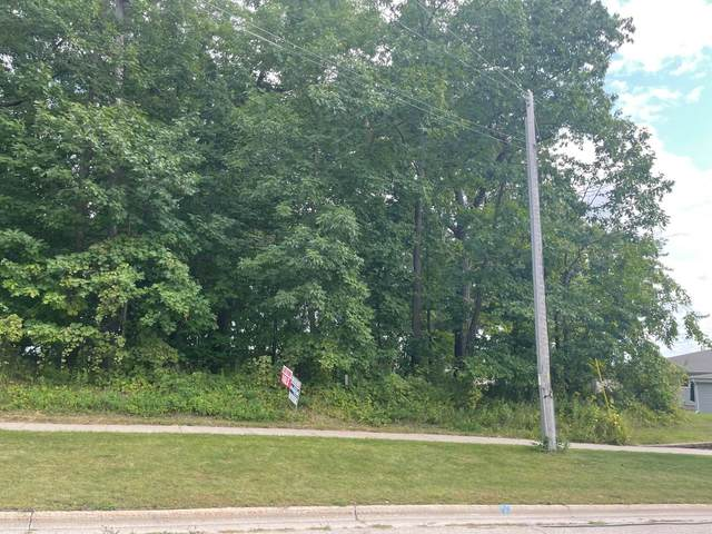 Pinecrest Road, Green Bay, WI 54313 (#50247752) :: Symes Realty, LLC