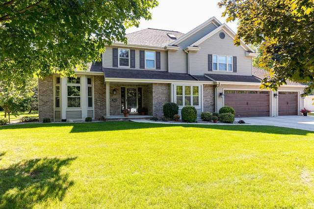 2963 Hidden Hollow Road, Oshkosh, WI 54904 (#50247774) :: Todd Wiese Homeselling System, Inc.