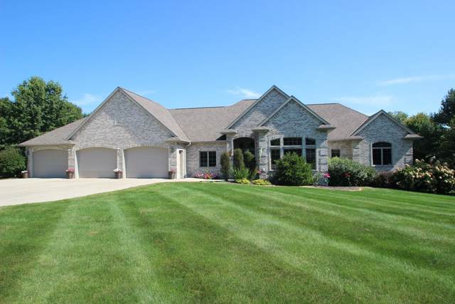 3776 Rolling Meadows Road, Oneida, WI 54155 (#50248096) :: Town & Country Real Estate