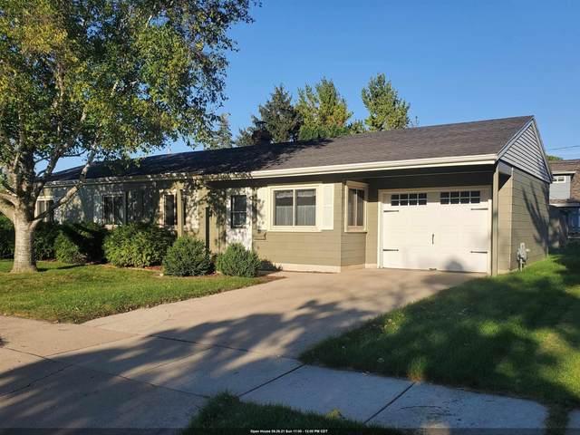 71 S Royal Avenue, Fond Du Lac, WI 54935 (#50248356) :: Ben Bartolazzi Real Estate Inc