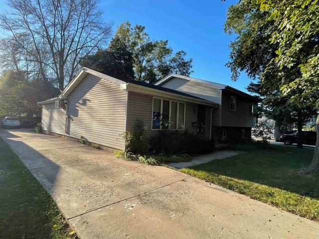 1715 Evans Street, Oshkosh, WI 54901 (#50248510) :: Carolyn Stark Real Estate Team